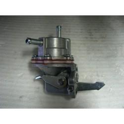 pompe à essence (10/68 à 76)